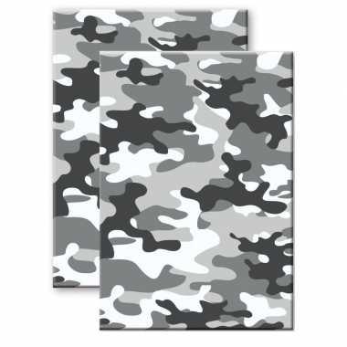 Set van 2x stuks camouflage/legerprint wiskunde schrift/notitieboek grijs ruitjes 10 mm a4 formaat